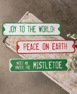 Picture of Peace on Earth Street Sign
