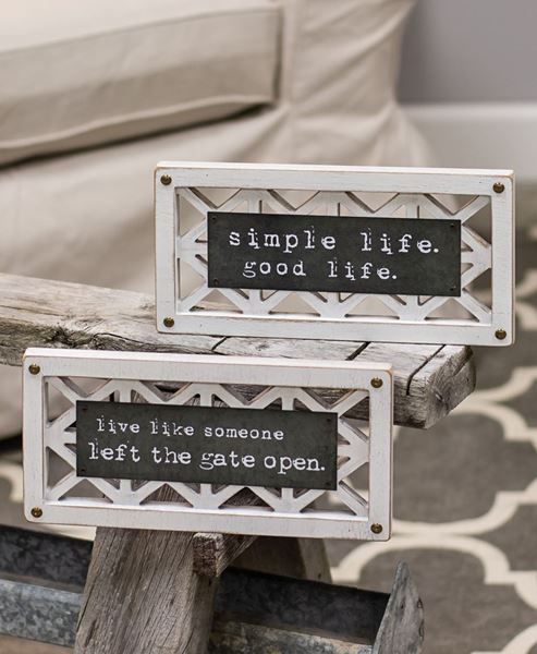 Picture of Simple Life Lattice Sign