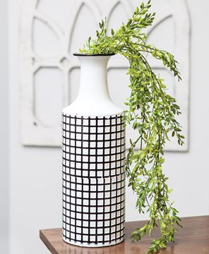 Picture of Farmhouse Check Enamel Vase, Large
